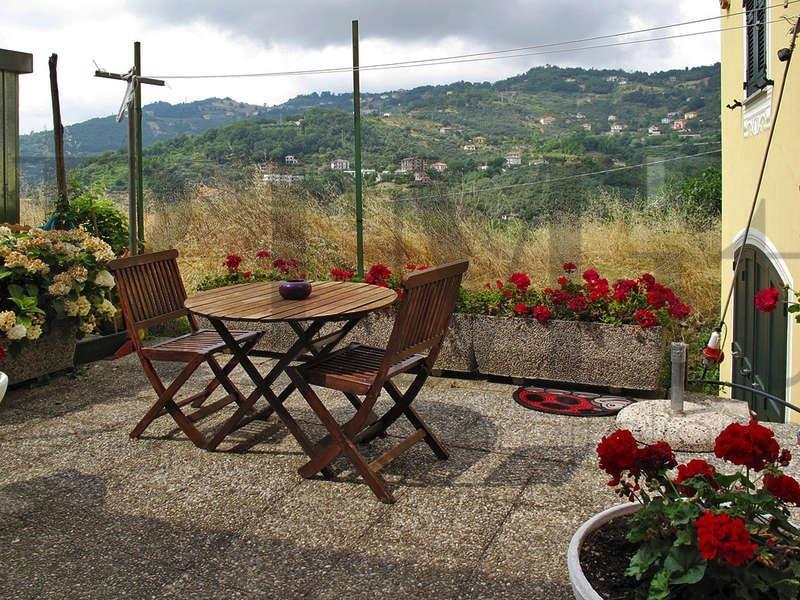 Appartamento in vendita a Moneglia, 4 locali, prezzo € 135.000 | Cambio Casa.it
