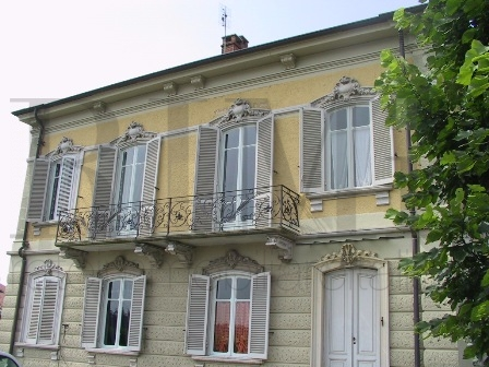 Villa in vendita a Druento, 11 locali, prezzo € 940.000 | Cambio Casa.it