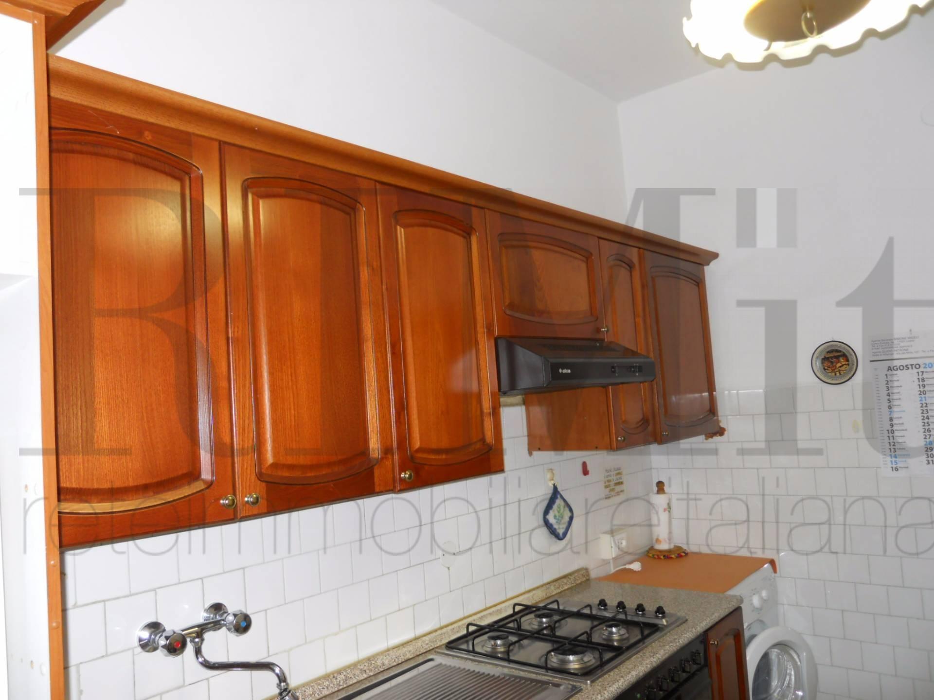 Appartamento in vendita a Loano, 4 locali, zona Località: 200metridallespiagge, prezzo € 255.000 | CambioCasa.it