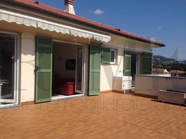 Appartamento in vendita a Loano, 4 locali, prezzo € 530.000 | CambioCasa.it