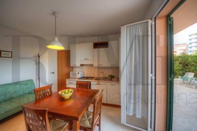 Appartamento in vendita a Loano, 2 locali, prezzo € 165.000 | CambioCasa.it