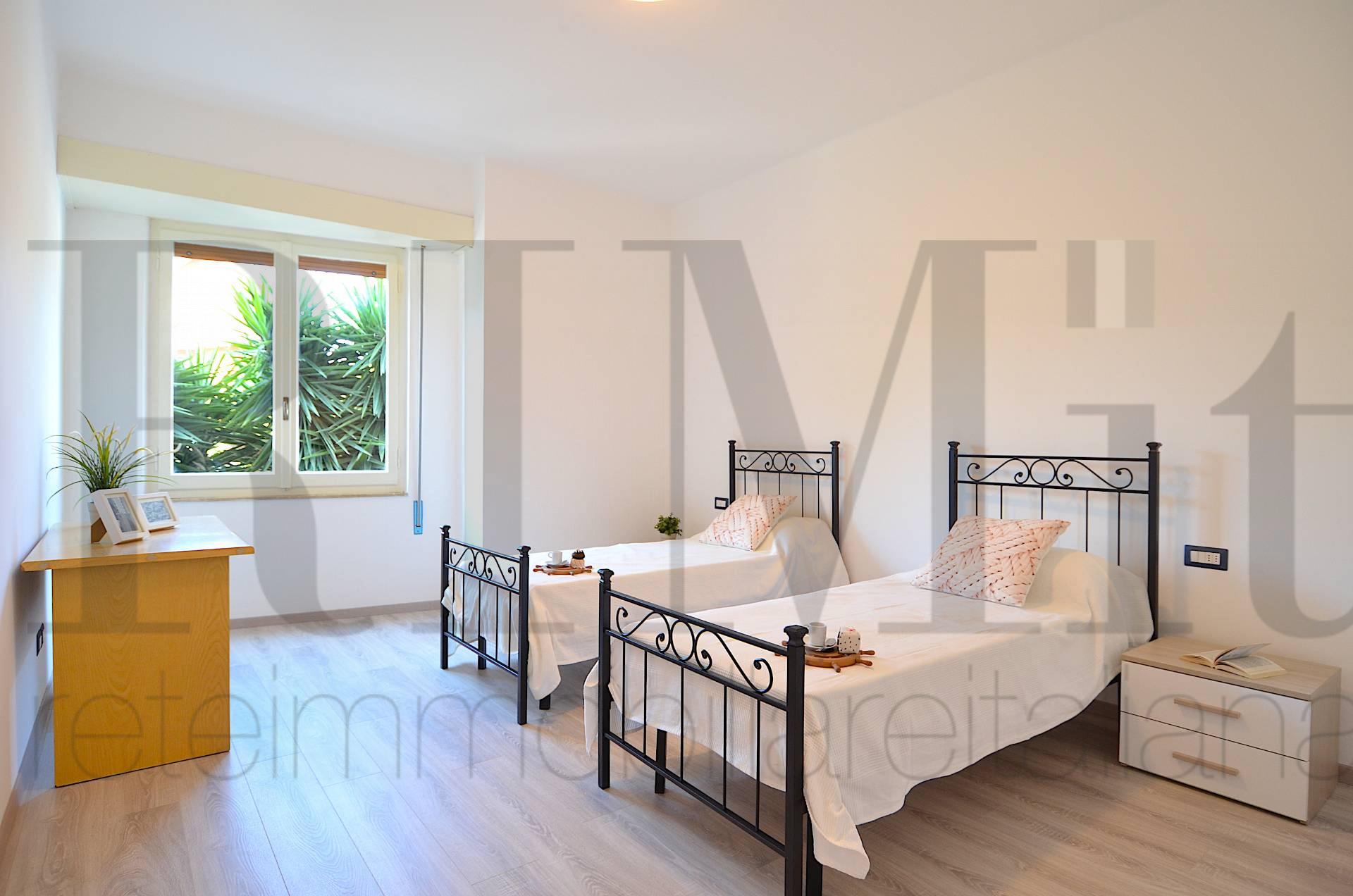 Appartamento in affitto a Deiva Marina, 4 locali, prezzo € 700 | CambioCasa.it
