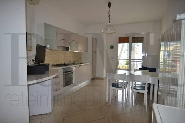 Appartamento in vendita a Loano, 3 locali, prezzo € 359.000 | CambioCasa.it