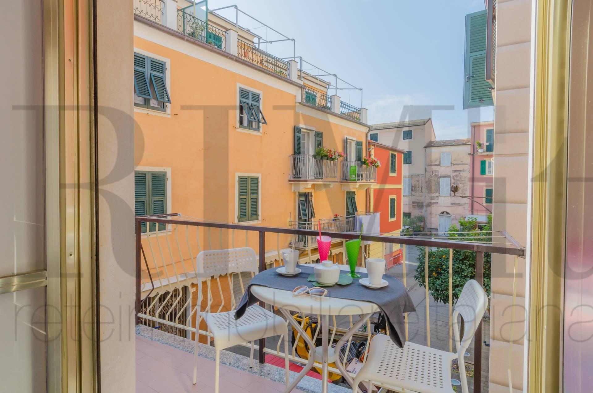 Appartamento in affitto a Moneglia, 4 locali, prezzo € 650 | CambioCasa.it