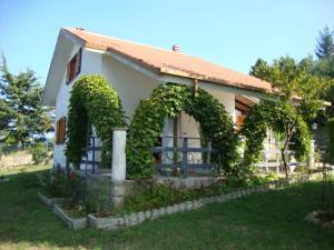 Vai alla scheda: Villa singola Vendita - Ponzone (AL) - Codice SAT7007