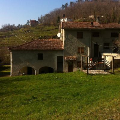 Semi-detached house for Sale in Sesta Godano
