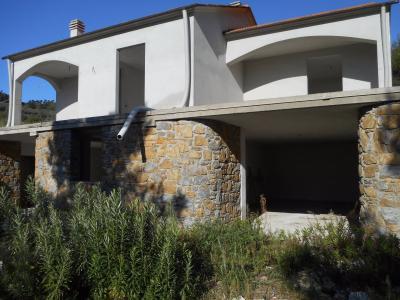 Casa singola - Indipendente in Vendita a Costarainera