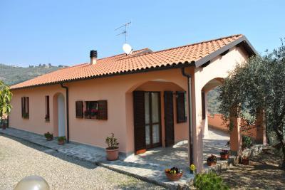 Casa singola - Indipendente in Vendita a Civezza