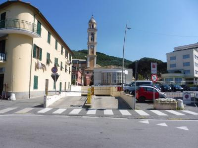 Box o garage in Vendita a Moneglia