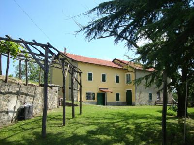 Country house for Sale in Ponzone