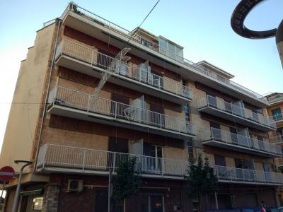 Vai alla scheda: Appartamento Vendita - Lavagna (GE) | Cavi - Codice LVA100