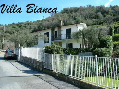 Villa in Affitto a Lavagna