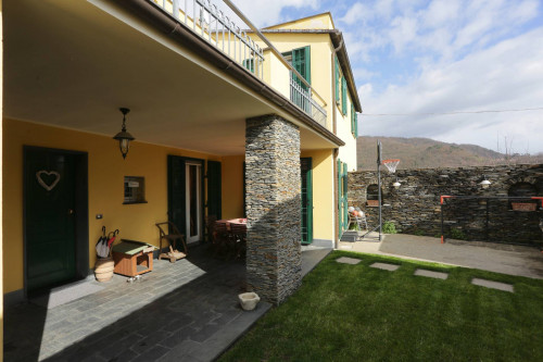 Casa singola - Indipendente in Vendita a Lavagna