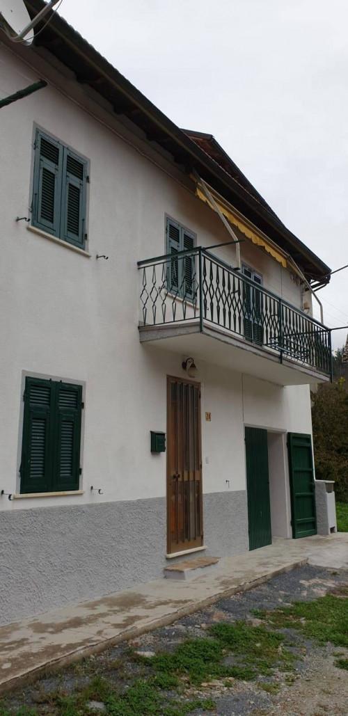 Casa semindipendente in Vendita a Calizzano