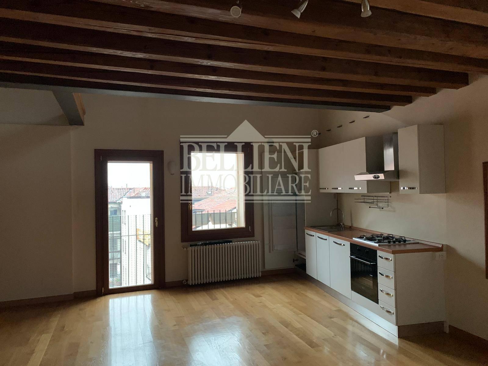 appartamento in AFFITTO a Vicenza Corso Palladio