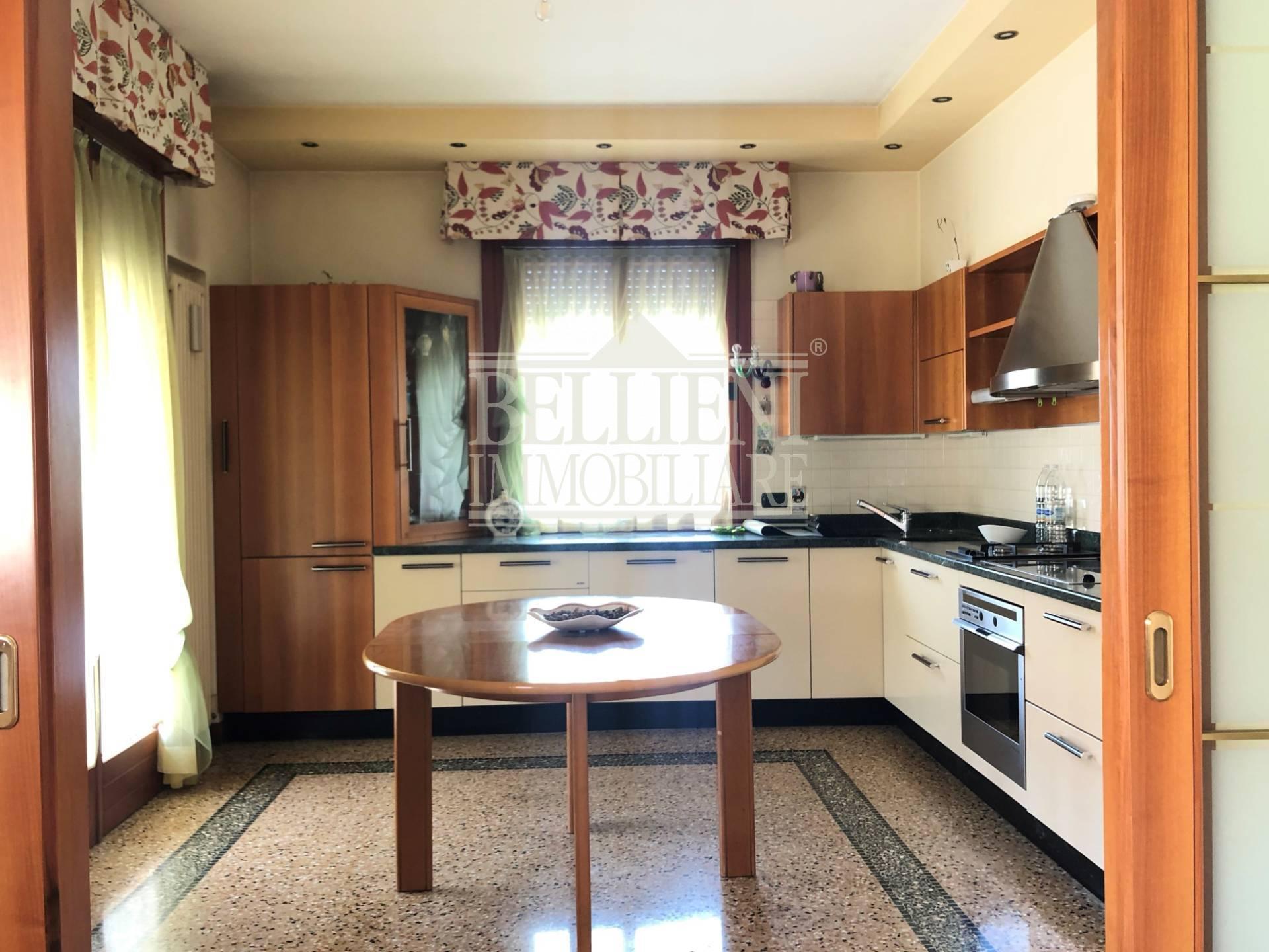 Appartamento in vendita a Grumolo delle Abbadesse, 8 locali, zona olo, prezzo € 290.000 | PortaleAgenzieImmobiliari.it