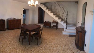 Bifamiliare in Affitto a Altavilla Vicentina