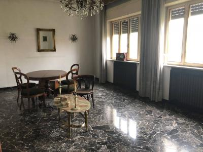 Single House for Sales to Vicenza