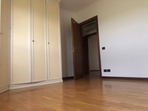 Bicamere parzialmente arredato in Affitto a Vicenza
