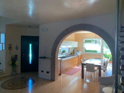 Villa singola in Vendita a Costabissara