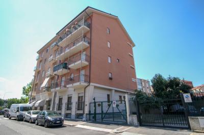 Vai alla scheda: Ufficio Vendita Torino