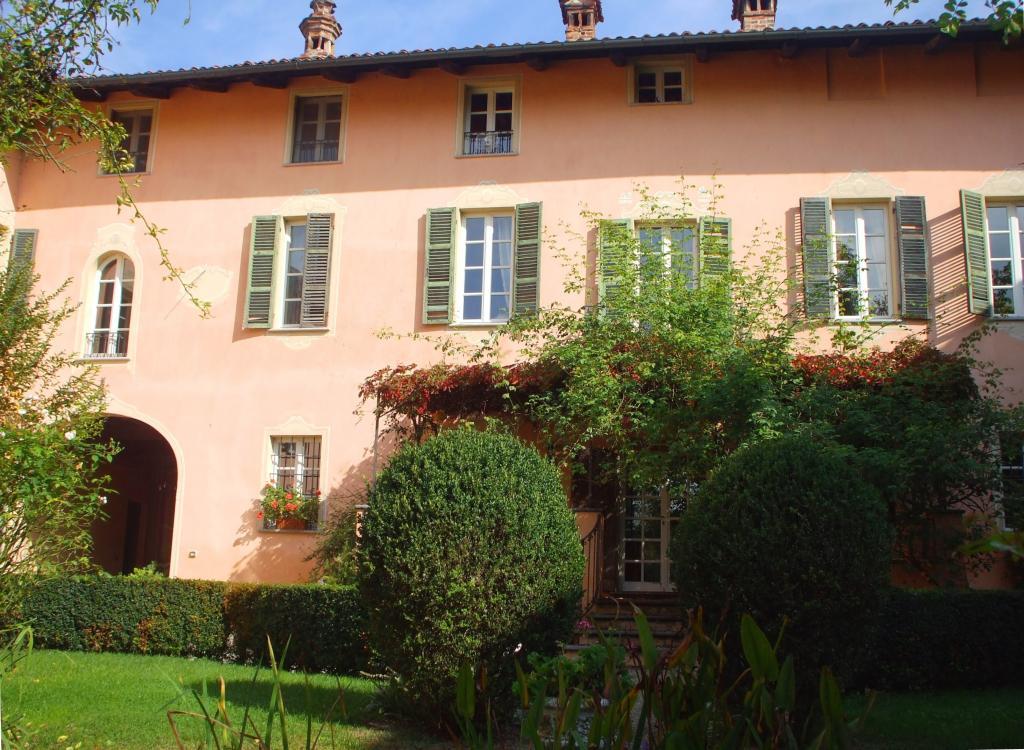 Villa in vendita a Sciolze, 20 locali, Trattative riservate | Cambio Casa.it
