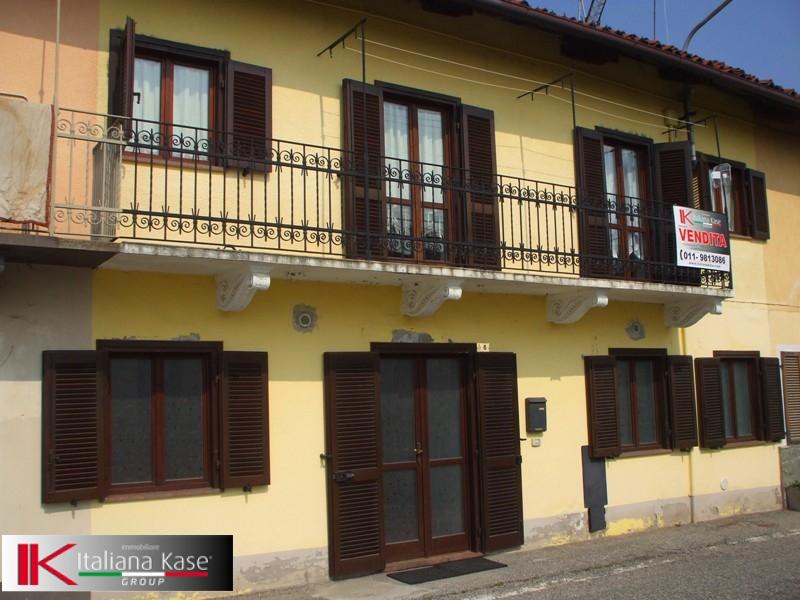Soluzione Semindipendente in vendita a Cinzano, 5 locali, prezzo € 79.000 | Cambio Casa.it