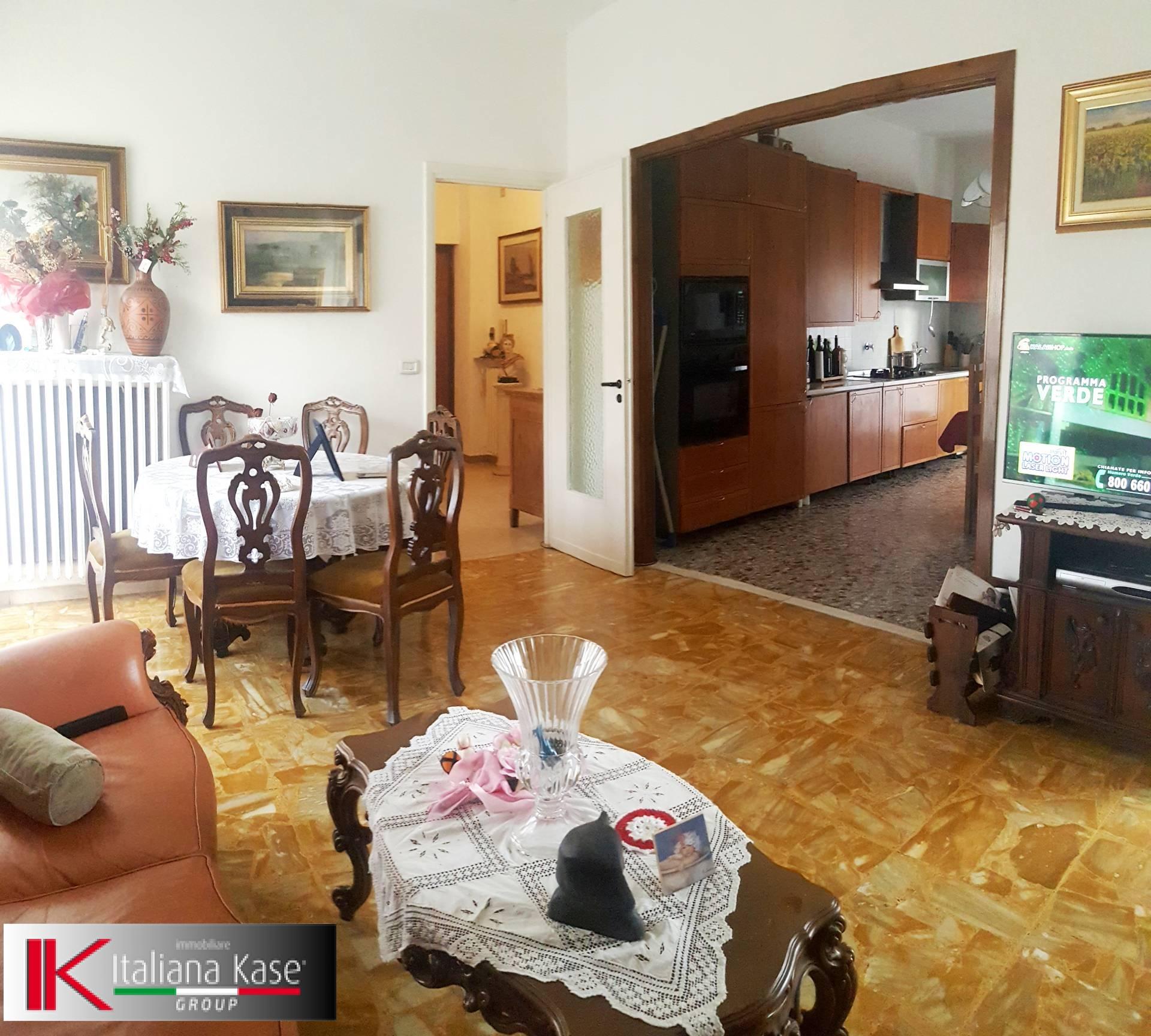 Appartamento in affitto a Castiglione Torinese, 2 locali, zona Località: Centro, prezzo € 430 | Cambio Casa.it