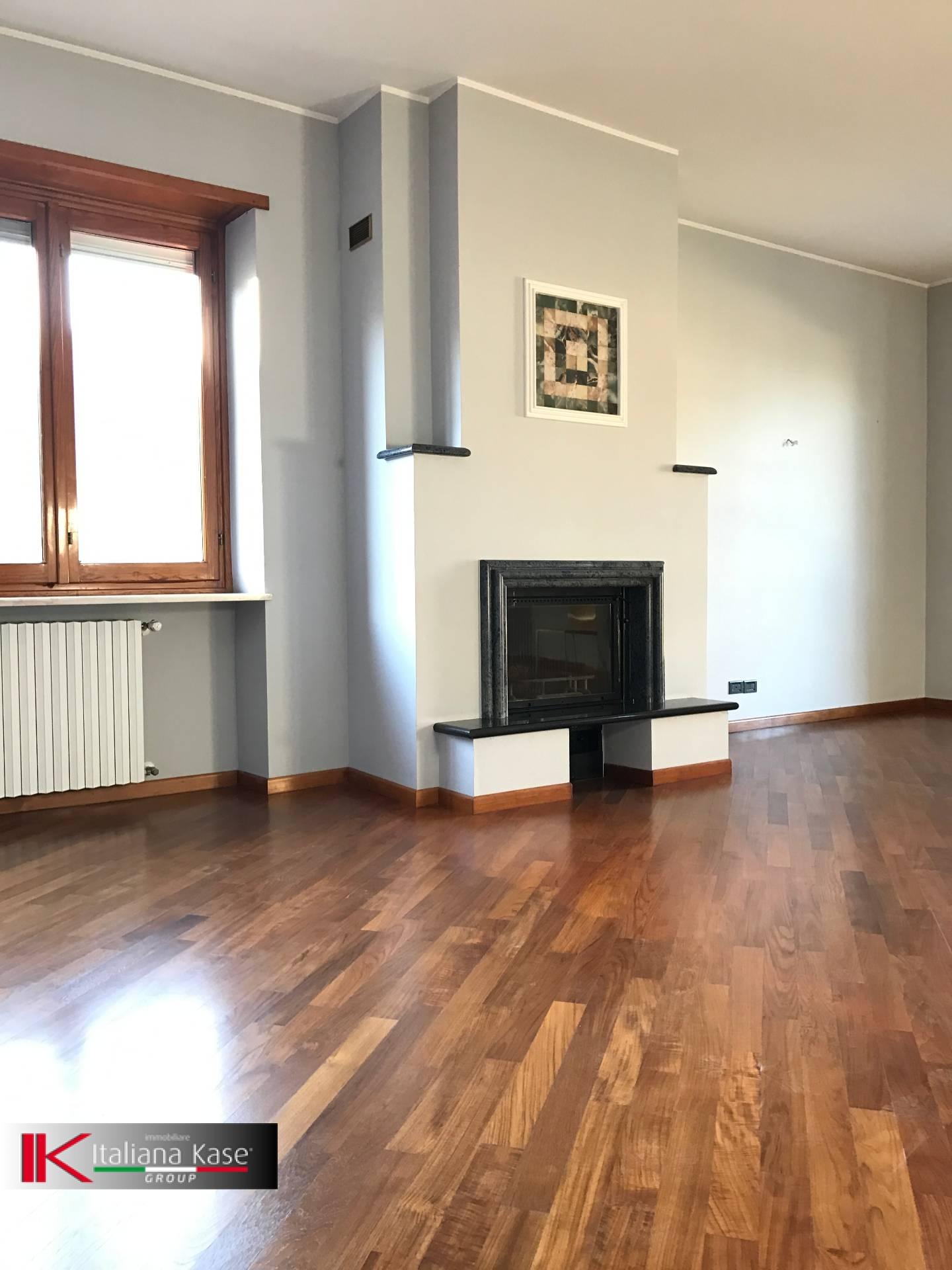 Appartamento in affitto a Castiglione Torinese, 5 locali, zona Località: Centro, prezzo € 1.200 | CambioCasa.it