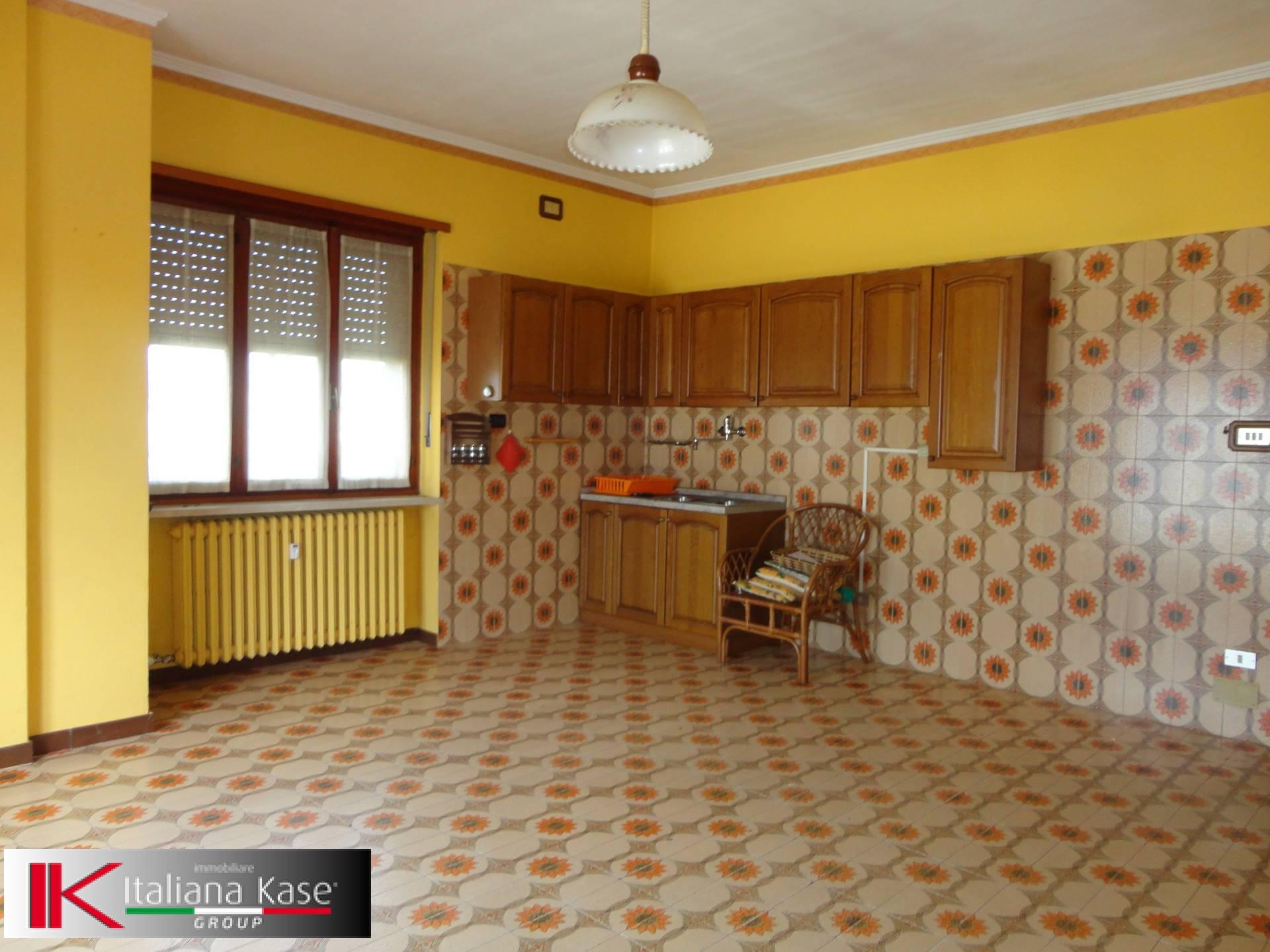 Appartamento in vendita a San Giusto Canavese, 4 locali, prezzo € 45.000 | PortaleAgenzieImmobiliari.it