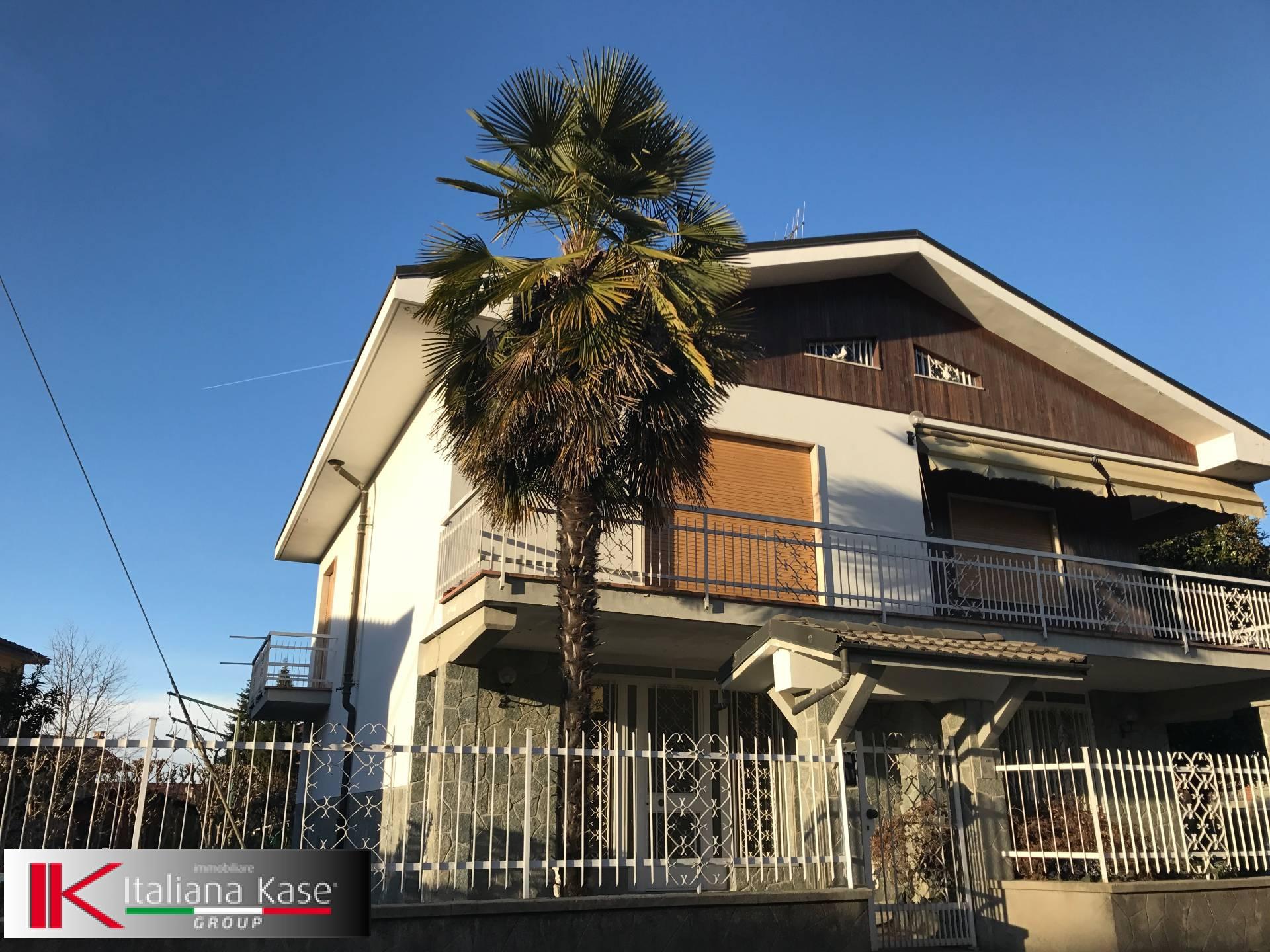 Soluzione Indipendente in vendita a Castiglione Torinese, 6 locali, zona Località: Centro, prezzo € 499.000   Cambio Casa.it