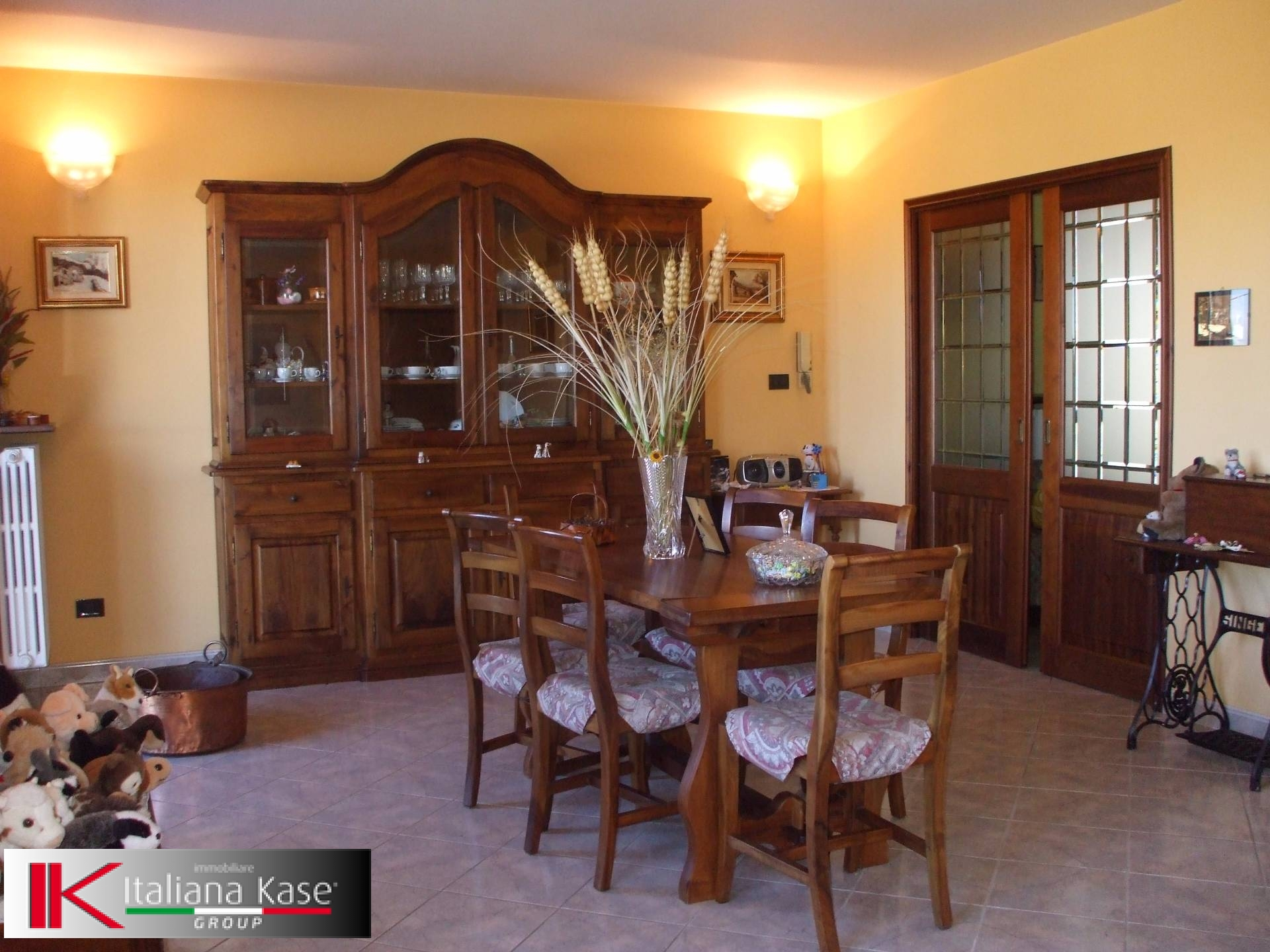 Rustico / Casale in vendita a Gassino Torinese, 14 locali, zona Località: GassinoTorinese, prezzo € 480.000   Cambio Casa.it
