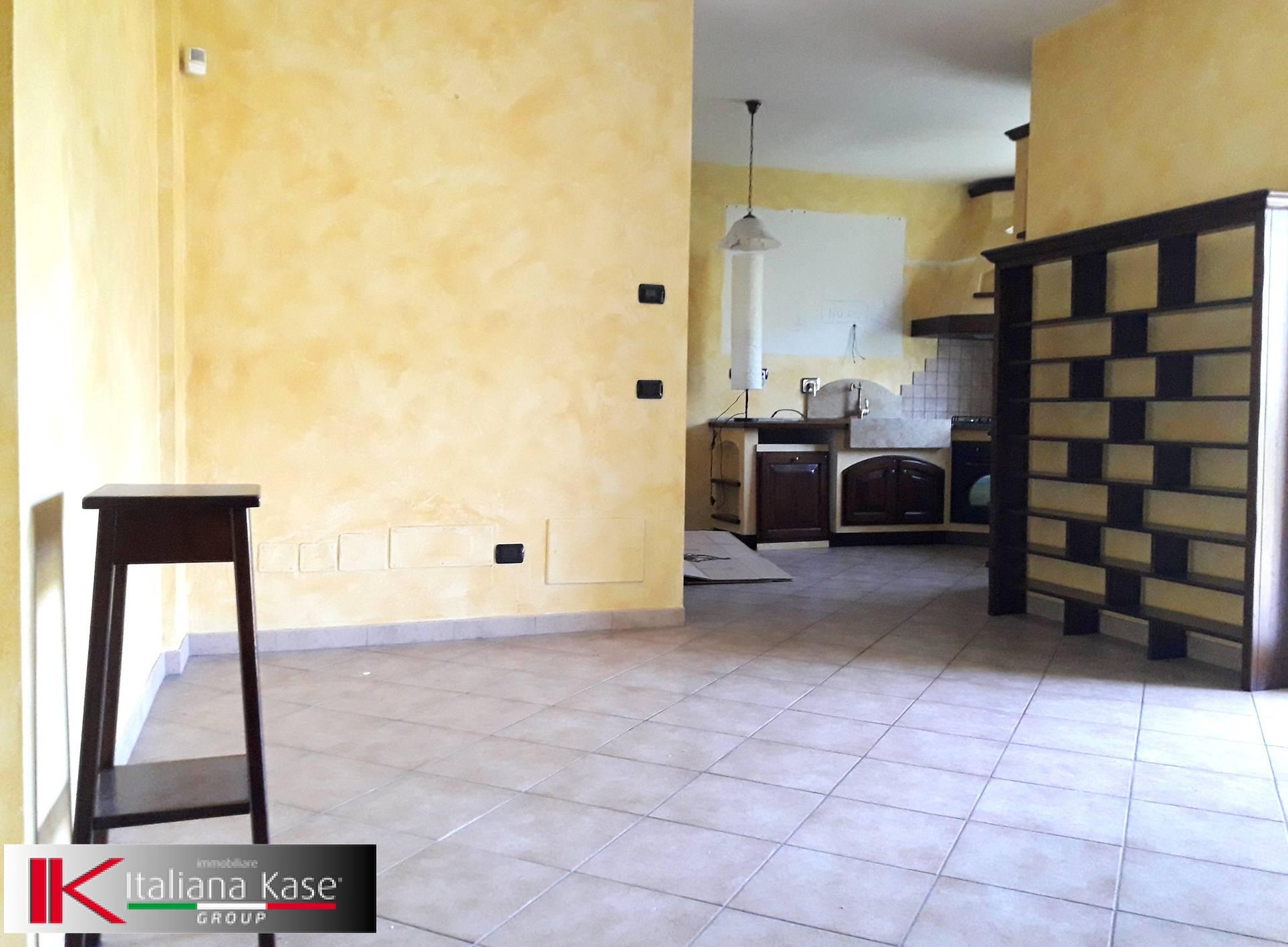 Appartamento in vendita a Gassino Torinese, 4 locali, zona Località: GassinoTorinese, prezzo € 155.000 | CambioCasa.it