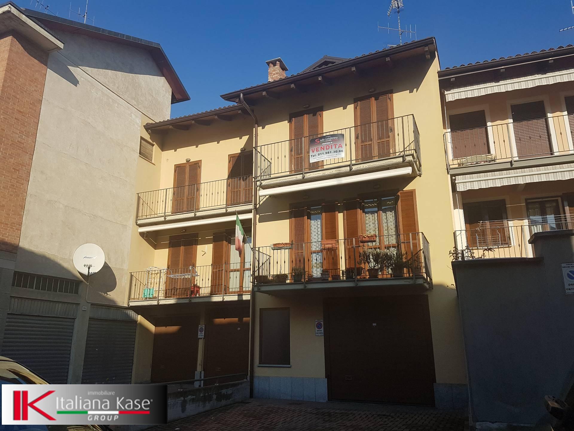 Appartamento in vendita a Gassino Torinese, 4 locali, zona Località: GassinoTorinese, prezzo € 150.000 | CambioCasa.it