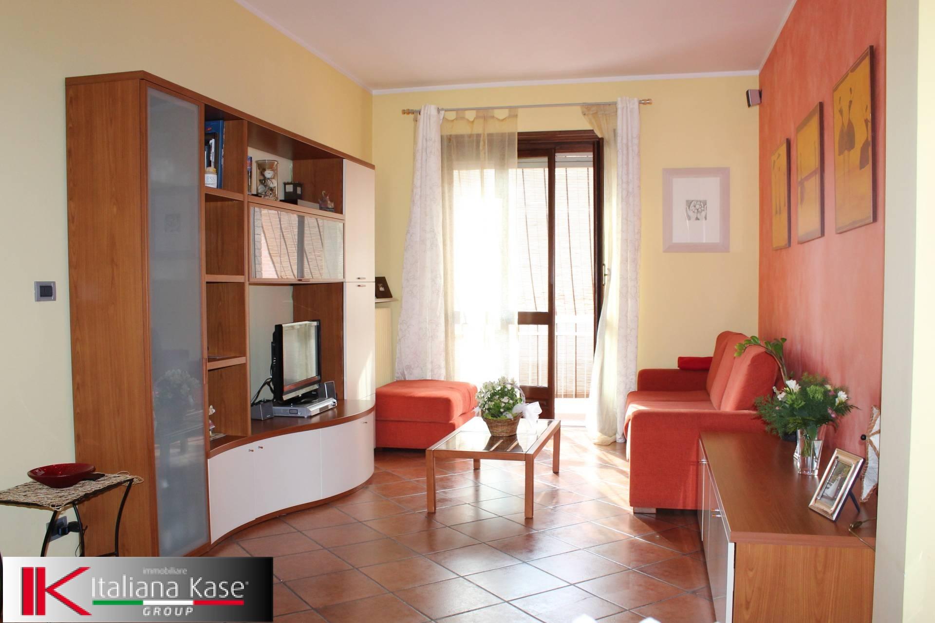 Appartamento in vendita a Gassino Torinese, 4 locali, zona Località: GassinoTorinese, prezzo € 125.000 | CambioCasa.it