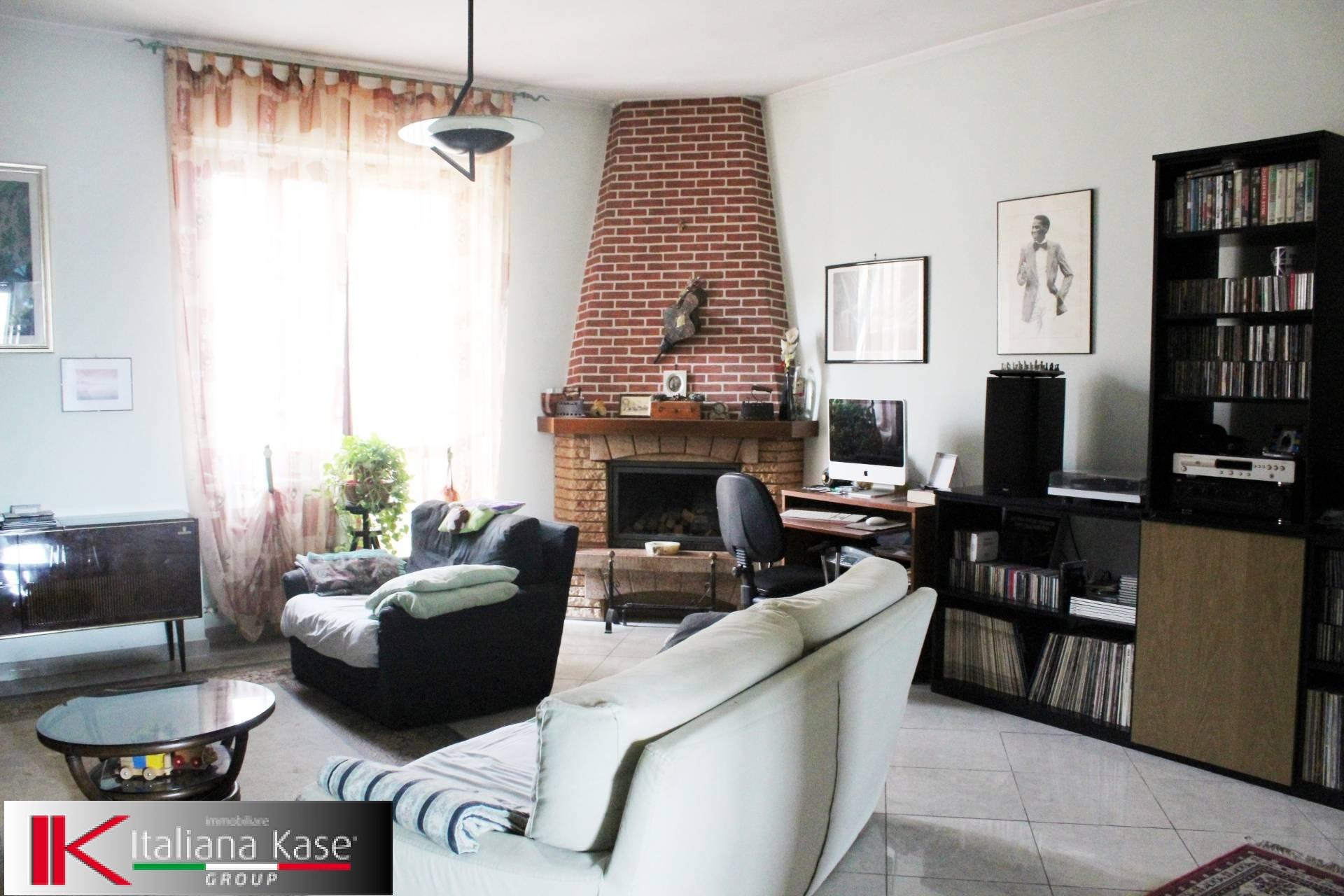 Appartamento in vendita a Gassino Torinese, 5 locali, zona Località: GassinoTorinese, prezzo € 135.000 | CambioCasa.it