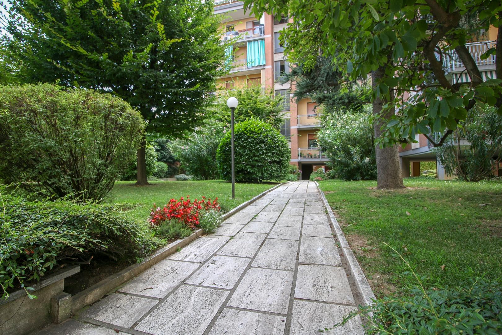 vendita appartamento torino santa rita  249000 euro  4 locali  130 mq