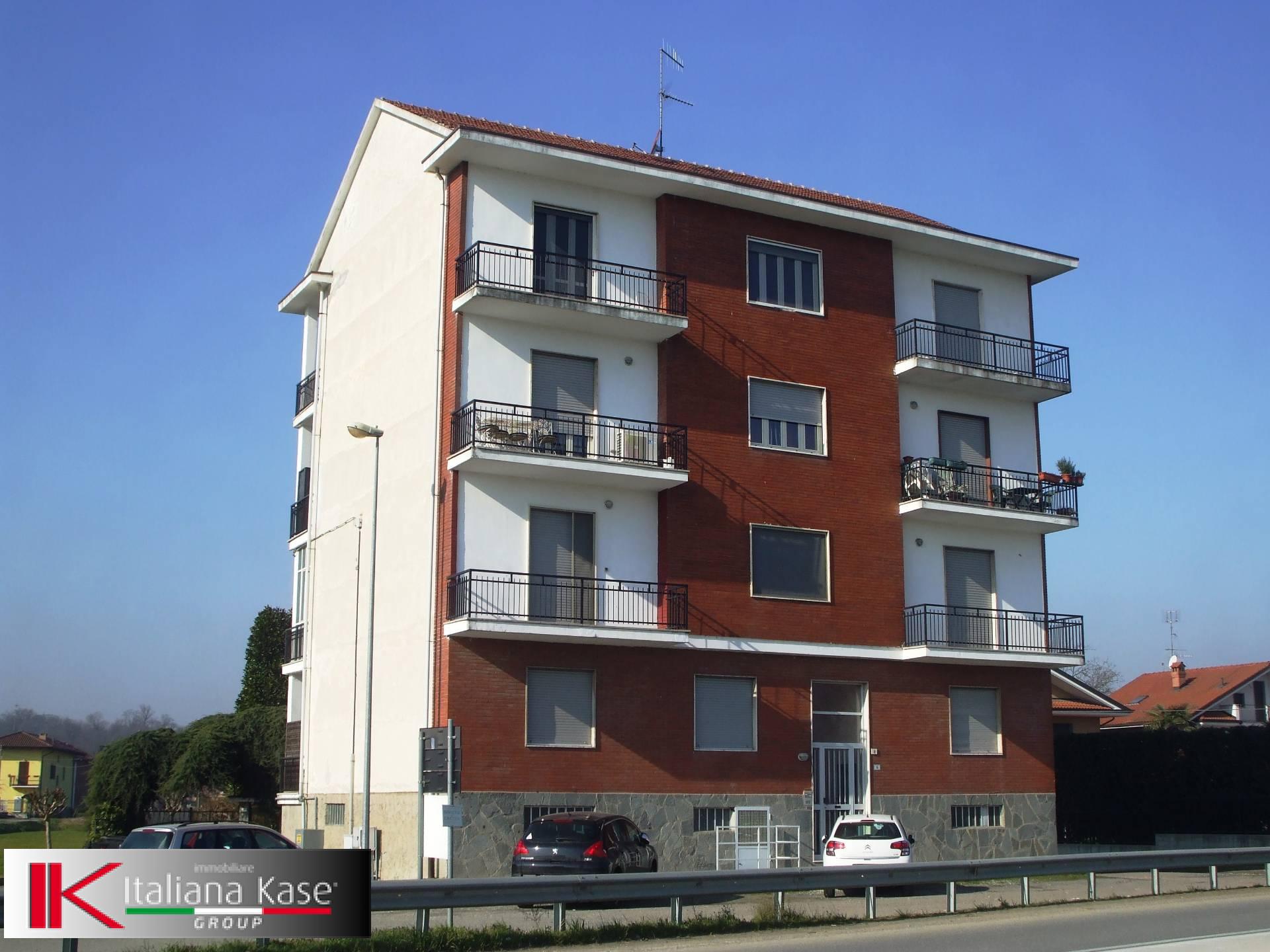 Appartamento in affitto a Castiglione Torinese, 3 locali, zona Località: Centro, prezzo € 550 | CambioCasa.it
