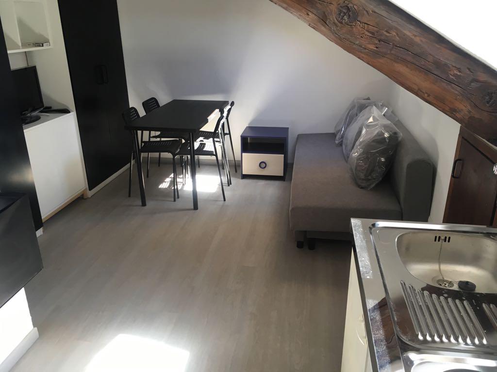 Monolocale in affitto a torino cod to 09810 for Monolocale arredato affitto torino
