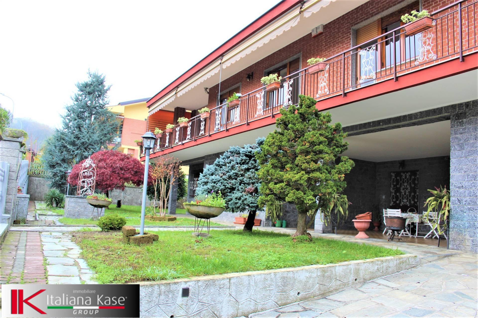 Villa in Vendita a Castiglione Torinese