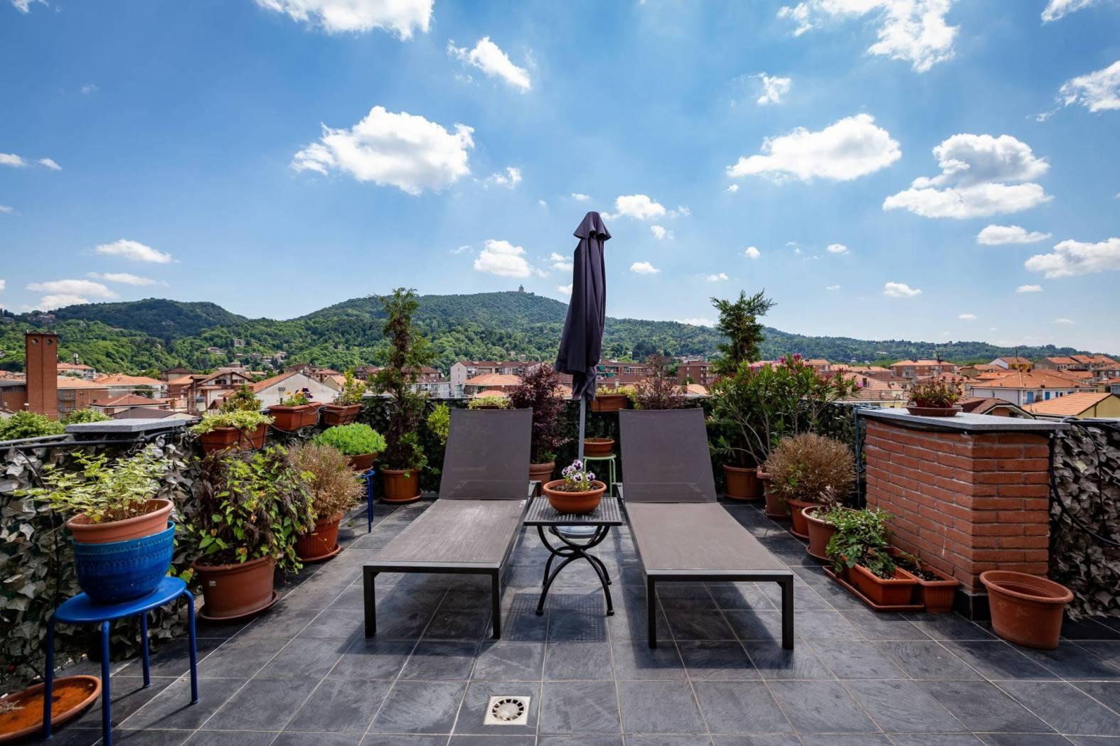 Appartamento in vendita a San Mauro Torinese, 5 locali, zona Località: OltrePo, prezzo € 280.000 | CambioCasa.it