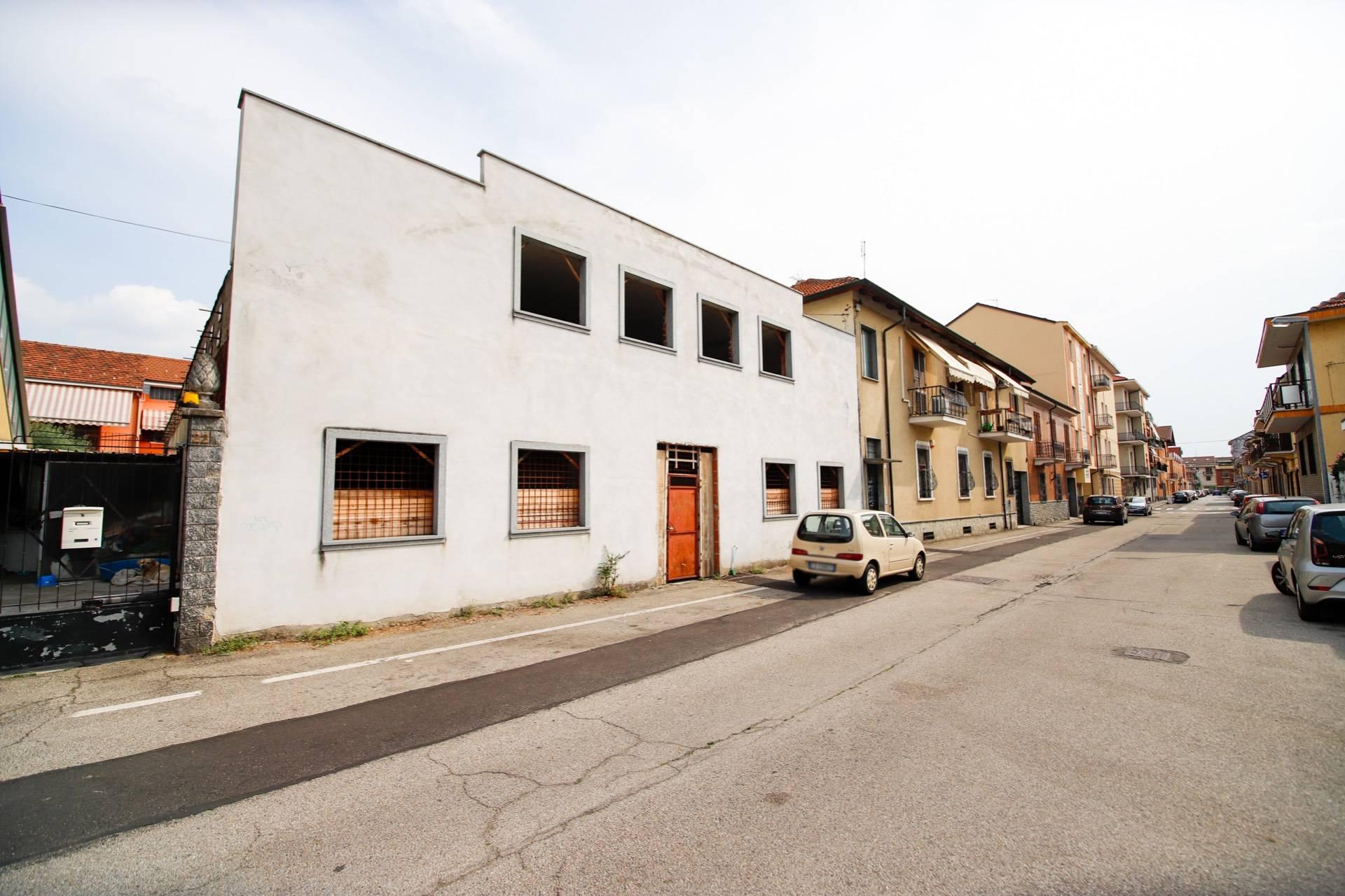 Negozio / Locale in affitto a Moncalieri, 9999 locali, zona Località: SanPietro, prezzo € 269.000   CambioCasa.it