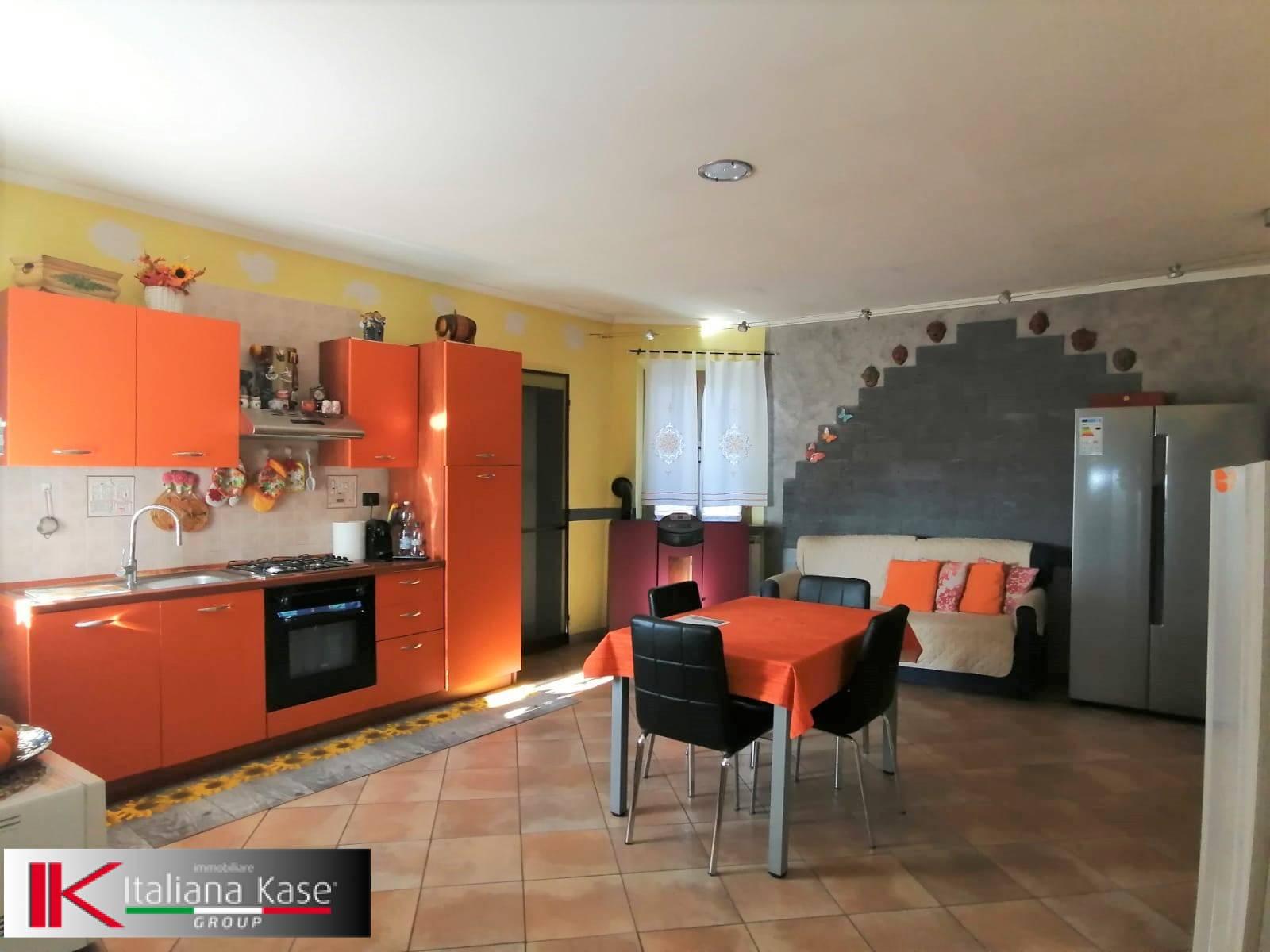Appartamento in vendita a Caluso, 3 locali, prezzo € 57.000 | PortaleAgenzieImmobiliari.it