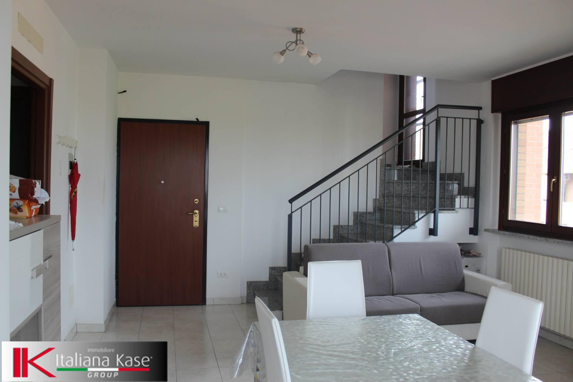 Appartamento in affitto a Chivasso, 5 locali, zona Località: Chivasso, prezzo € 900 | PortaleAgenzieImmobiliari.it