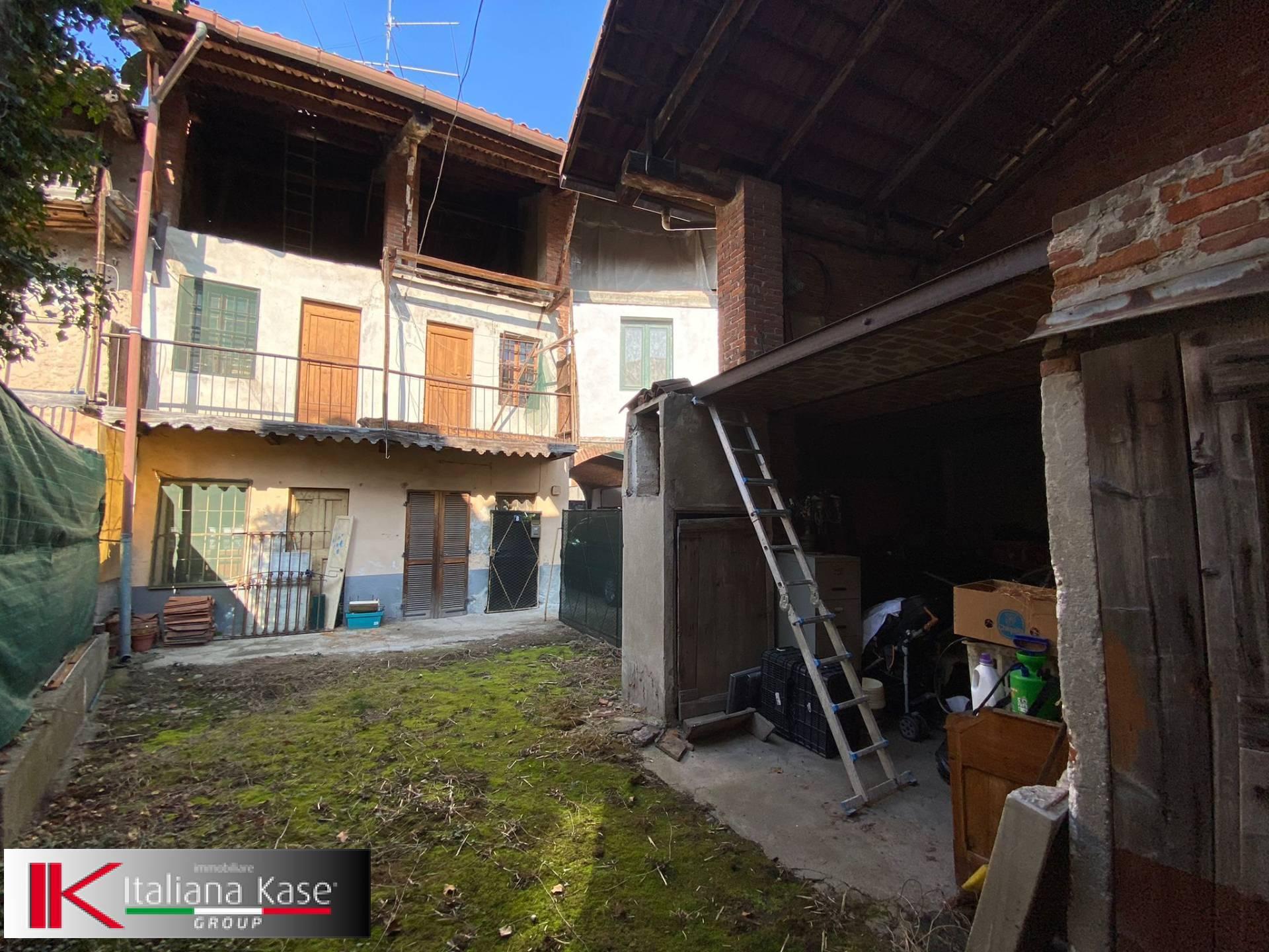 Rustico / Casale in vendita a Candia Canavese, 4 locali, zona Località: CandiaCanavese, prezzo € 19.000   PortaleAgenzieImmobiliari.it