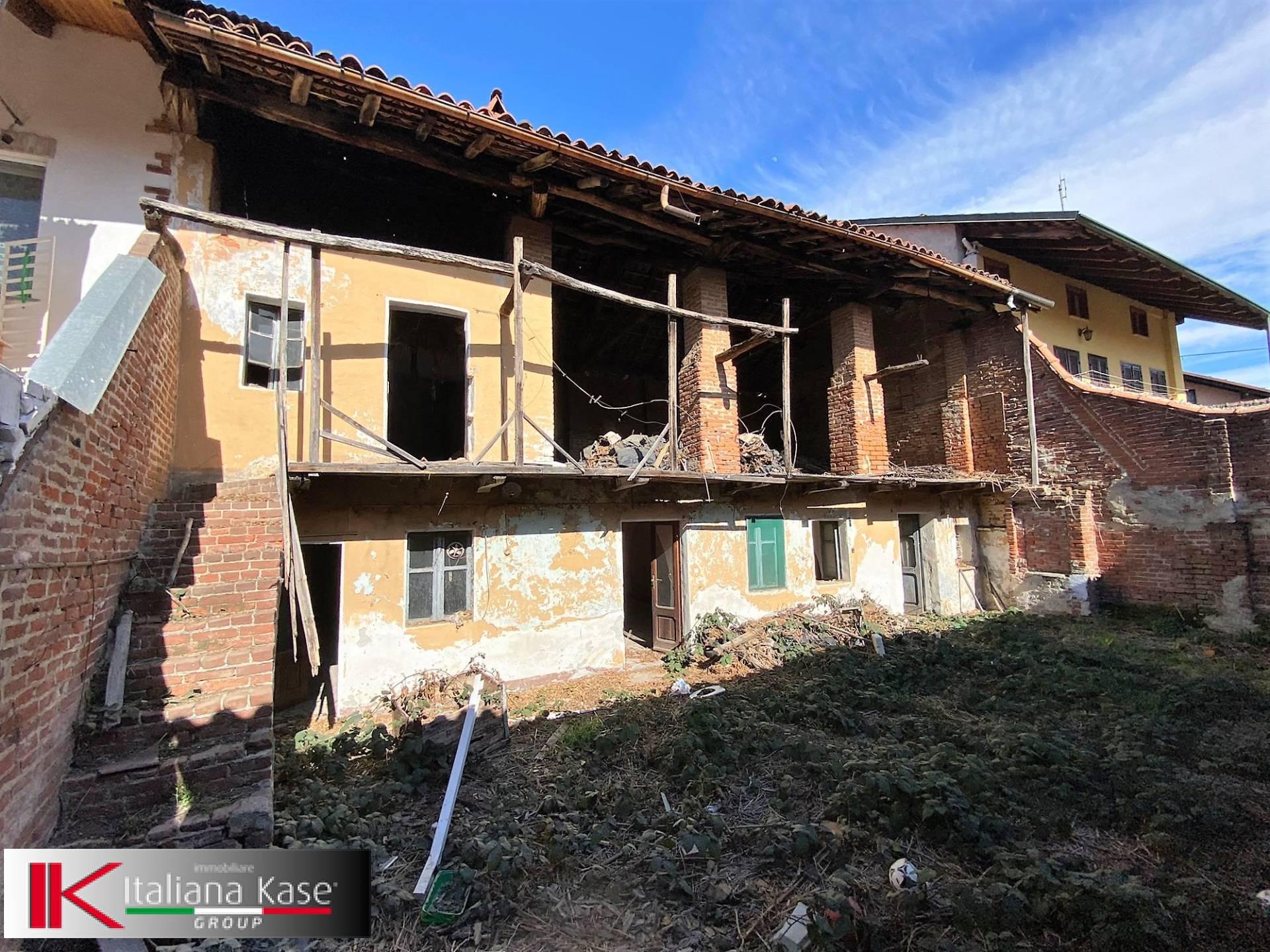 Rustico / Casale in vendita a Foglizzo, 4 locali, zona Località: foglizzo, prezzo € 45.000 | PortaleAgenzieImmobiliari.it