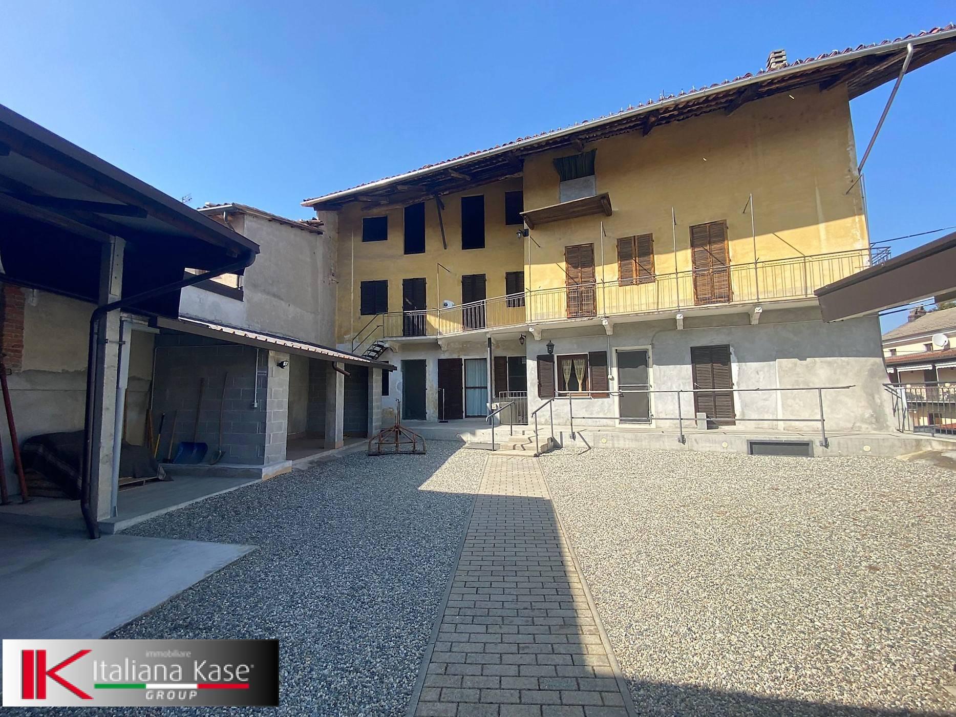 Soluzione Indipendente in vendita a Mercenasco, 8 locali, prezzo € 60.000 | PortaleAgenzieImmobiliari.it