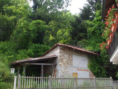 Rustici / cascine / case in Vendita a Castiglione Torinese