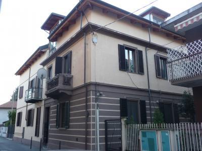 appartamento con terrazzo in Vendita a Settimo Torinese