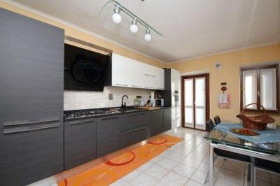 2 locali in Vendita a Castiglione Torinese